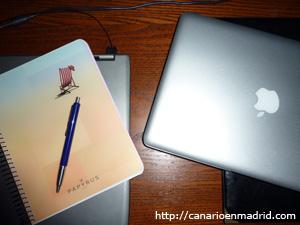 Cuaderno y ordenador