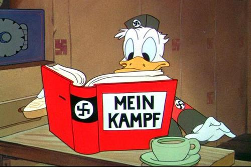"Fotograma de ""Der Fuehrer's Face"""