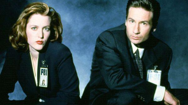 Imagen promocional de una de las primeras temporadas de 'Expediente X'
